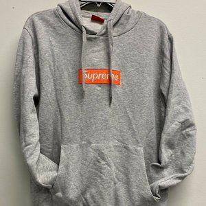 SUPREME Men's Orange Box Logo Pullover Hoodie